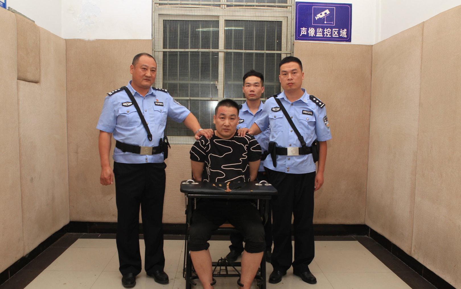 抓住了!抓住了!流窜漯河许昌两市连续杀害2名女性的闫洪磊被抓获